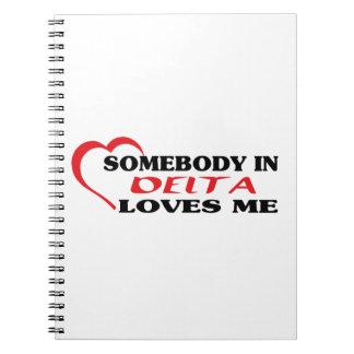 Caderno Espiral Alguém no delta ama-me