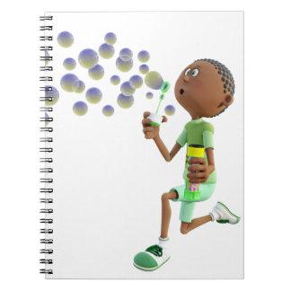 Caderno Espiral Bolhas de sopro do menino do afro-americano dos