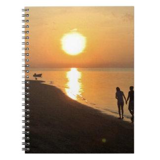 Caderno Espiral Caminhada da manhã na praia