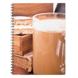 Caderno Espiral Caneca grande de cacau quente com espuma