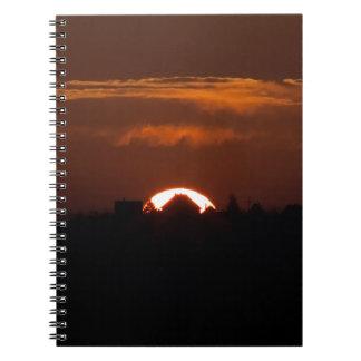 Caderno Espiral Casa do Sun de queda