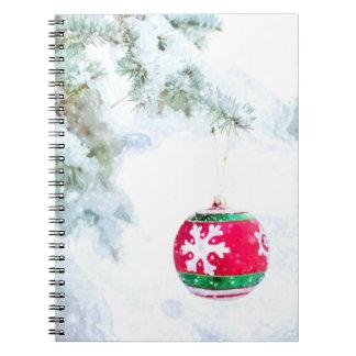 Caderno Espiral Clássico branco da neve do ornamento vermelho do