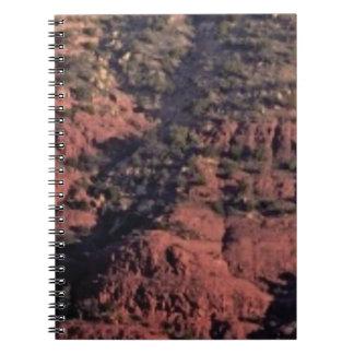 Caderno Espiral colisões e protuberâncias na rocha vermelha