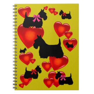 Caderno Espiral Coração vermelho/arco da silhueta preta de Terrier