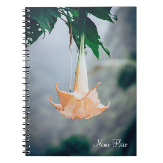 Caderno espiral de suspensão da flor |
