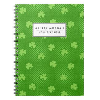 Caderno Espiral Dia verde de Patricks do santo do teste padrão do