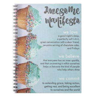 Caderno espiral do manifesto impressionante de