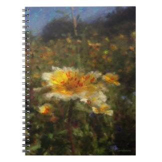 Caderno espiral do prado nativo da flor