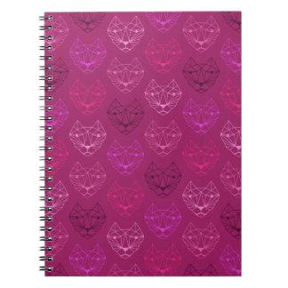 Caderno espiral do rosa geométrico do teste padrão