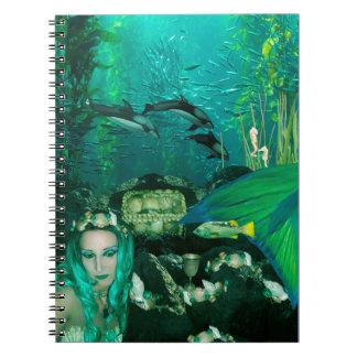 Caderno espiral dos tesouros subaquáticos da