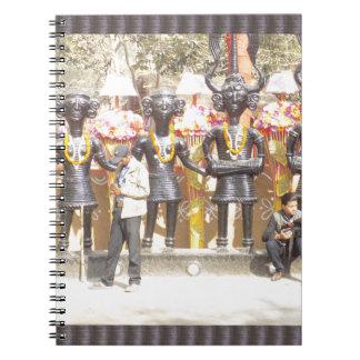 Caderno Espiral Estátua cultural da mostra de India de artistas