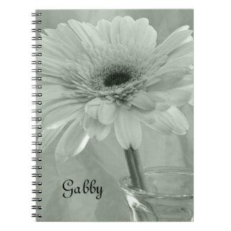 Caderno Espiral Flor matizada verde da margarida