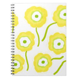 Caderno Espiral Flores amarelas pelo design de Orte da gema