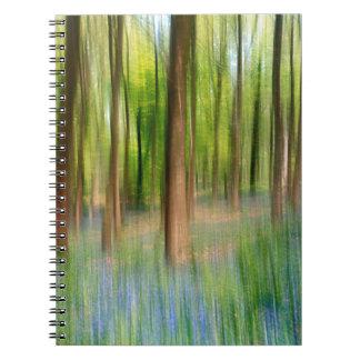 Caderno Espiral Floresta BRITÂNICA do carvalho do Bluebell de