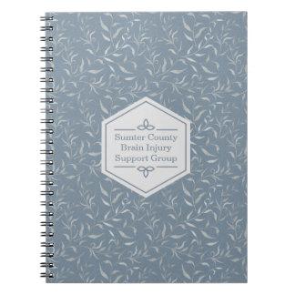 Caderno Espiral Folhas elegantes das cinzas no azul do vintage