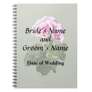 Caderno Espiral Fontes vermelhas e cor-de-rosa do casamento do