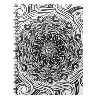 Caderno Espiral Ilusão óptica do Doodle ornamentado do zen preto e