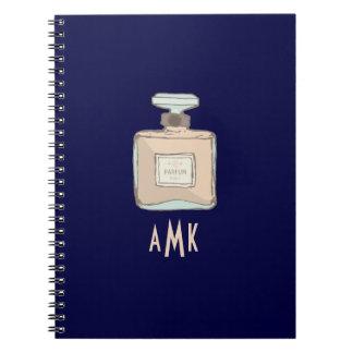 Caderno Espiral Ilustração da garrafa de Parfum com iniciais do