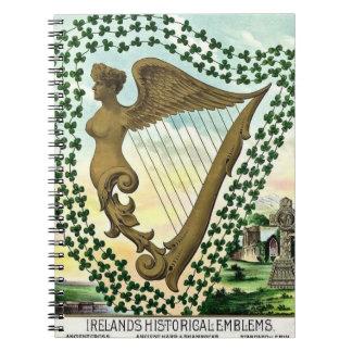 Caderno Espiral Ilustração do vintage da harpa da mulher do trevo