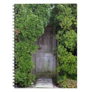 Caderno Espiral Jardim secreto 2