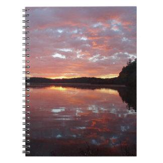 Caderno Espiral Jornal das reflexões do nascer do sol