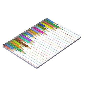 Caderno espiral - linhas coloridas do lápis