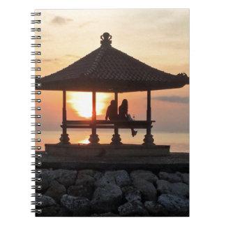 Caderno Espiral Lua de mel em Bali