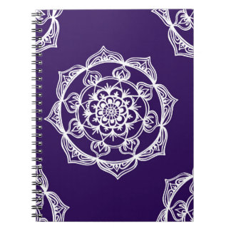 Caderno Espiral Mandalas no roxo