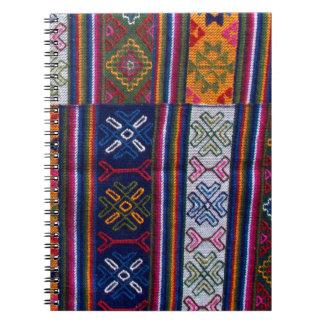 Caderno Espiral Matéria têxtil butanesa