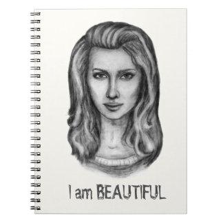 Caderno Espiral Mulher bonita. Desenhos de lápis