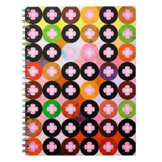 Caderno Espiral Multi círculos coloridos legal & trevos