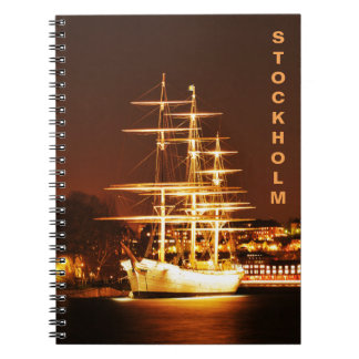 Caderno Espiral Navio na noite em Éstocolmo, suecia