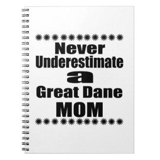 Caderno Espiral Nunca subestime a mamã de great dane