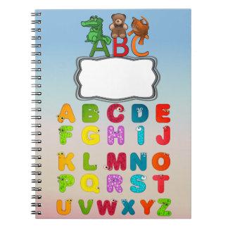 Caderno Espiral O alfabeto de ABC rotula a espiral feita sob