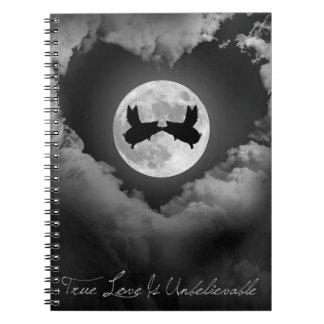 Caderno Espiral O amor verdadeiro é beijo dos porcos do
