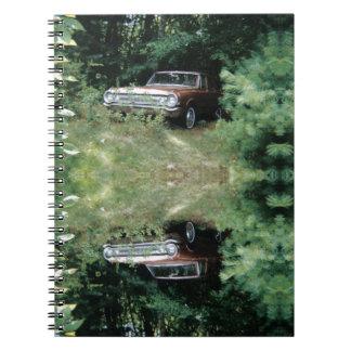 Caderno Espiral O carro o mais assombrado do mundo - o Goldeneagle