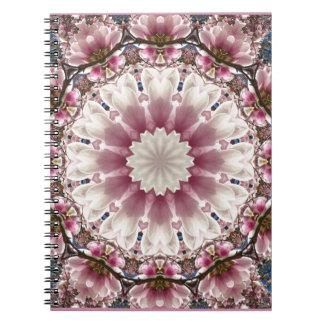 Caderno Espiral O primavera branco floresce 2,0, estilo da mandala