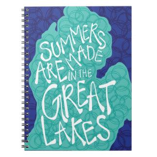 Caderno Espiral Os verões são feitos nos grandes lagos - azul
