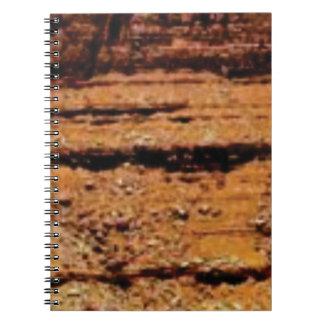 Caderno Espiral parede mergulhada do cascalho