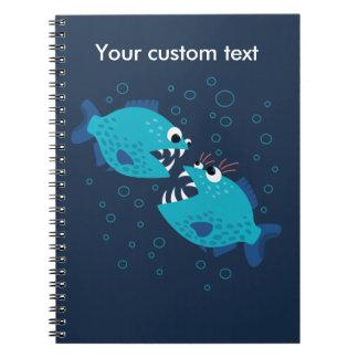 Caderno Espiral Peixes azuis de tagarelice do Piranha dos desenhos
