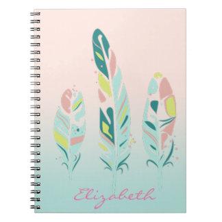 Caderno Espiral Penas femininos modernas bonitos adoráveis
