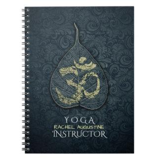 Caderno Espiral Preto & instrutor da IOGA do símbolo de OM da