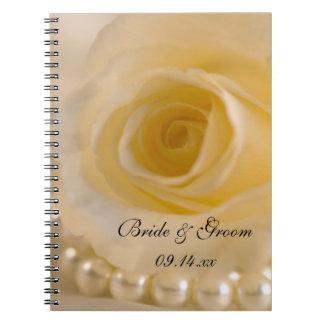 Caderno Espiral Rosa branco e pérolas que Wedding