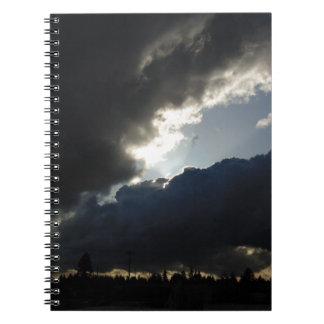 Caderno Espiral Rupturas da luz completamente