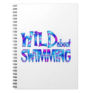 Caderno Espiral Selvagem sobre a natação