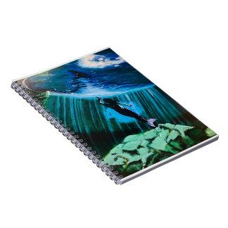 Caderno Espiral Sereia subaquática por John Fermin