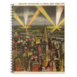 Caderno Espiral Skyline da Nova Iorque do vintage