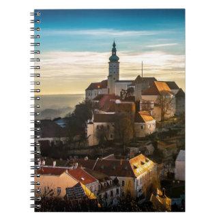 Caderno Espiral Skyline da república checa