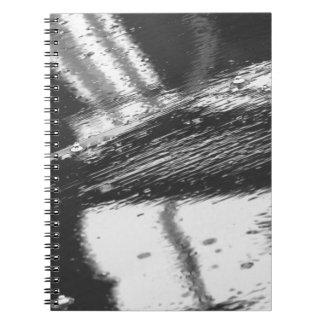 Caderno Espiral Superfície molhada