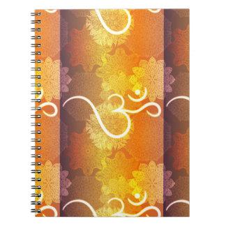 Caderno Espiral Teste padrão indiano do ornamento com símbolo do
